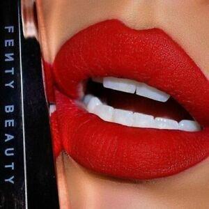 BNIB FENTY BEAUTY by RIHANNA STUNNA LIP PAINT LIP COLOUR RED UNCENSORED LONGWEAR