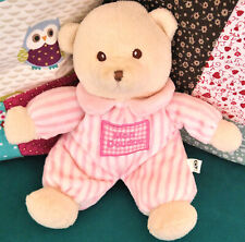 Doudou oursonne en pyjama rose rayures peluche CP International France bear toy
