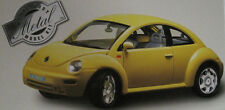 Burago 1/24 Diecast Kit Volkswagen New Beetle  - Yellow
