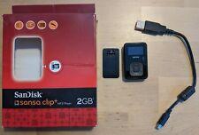 SanDisk Sansa Clip+ Schwarz 2GB kompatibel mit *ROCKBOX*, leicht defekt