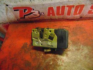 05 04 03 02 01 00 Saturn LW300  L300 right front door latch power lock actuator