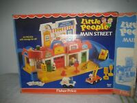 Vintage Fisher Price Little People Play Family Main Street 1986