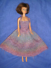 Década de 1970 Barbie/Sindy Tamaño de moda ~ Hand Knitted Heather Tonos Vestido ~ Muñeca No Inc