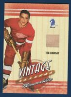 TED LINDSAY 03-04 BE A PLAYER VINTAGE MEMORABILIA 2003-04 GAME JERSEY NICE 16224