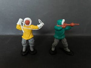 TIMPO ESKIMOS LOT OF 2 FROM 1970's HUNTERS FROM FROZEN NORTH
