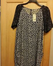 INNOCENCE PLUS SIZE 22 BLACK & WHITE DRESS NEW WITH TAGS