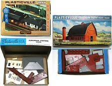 Vintage Plasticville USA HO Gauge BARN & SUBURBAN STATION Kits Slot Car Decor A+