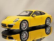 Welly NEX Porsche 911 (991) Carrera S Yellow Diecast Model Car 1:18