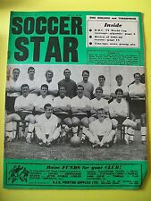Soccer Star Magazine, 10.06.1966.  Team pictures of Fulham & Argentina