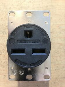 NEW HUBBELL HBL9330 30 AMP 250V NEMA 6-30R RECEPTACLE - 2 POLE 3 WIRE