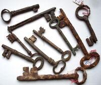 XVIII- XIXème siècle - COLLECTOR LOT de 10 CLEFS Clés Antiques à nettoyer ou pas