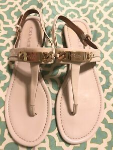 COACH Caterine Ivory Sz 9 B Women Patent Leather Sandals