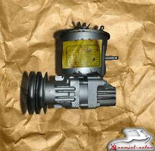 Servopumpe GAZ 66.  Power Steering pump GAS. Насос гидроусилителя  ГАЗ 66.