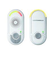 A Motorola MBP8 Digital Audio Baby Monitor White