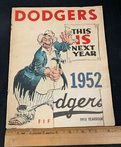 1952 VINTAGE OFFICIAL BASEBALL BROOKLYN DODGERS YEARBOOK 4121