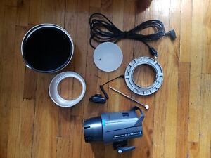 Elinchrom D-Lite RX 4 w/ Kit