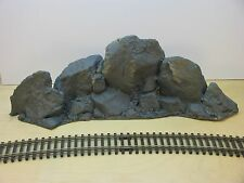 ROCK OUTCROPPING LARGE BOULDERS MULTI SCALE CAST FOAM ATHERTON SCENICS (#9905-UP
