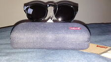 Levi's sunglasses £55 bnwt (22380) black