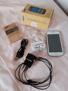 Smartphone Samsung Galaxy Trend Lite GT-S7390G blanc téléphone mobile