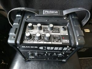 Roland Micro Cube Portable Electric Guitar Combo Amp Amplifier Battery Powered