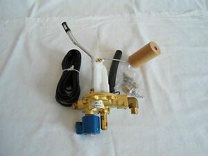 TOMASETTO MULTIVENTIL 1 450/ 30 °  6 mm AT02 67R- ° Zylinder Tanks   )