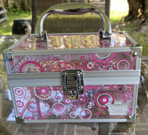 """Caboodles Case Clear with Geometric Pink Circles  7"""" x 4"""" x 4.5"""""""