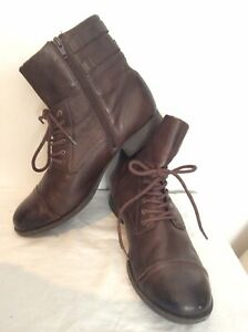 Womens Clarks Leather Boots Size 8 Brown Scortland Tartan Lining Hardly Used.