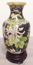 vase chinois cloisonnée vintage sur socle de bois décoré fleur papillon couleur