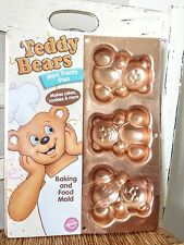 NEW Wilton 2004 Teddy Bears Mini Treats Pan Irridescents Cake Molds NIP