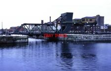 PHOTO  1997 EGERTON BRIDGE BIRKENHEAD PRESERVED SCHERZER ROLLING BRIDGE. INSIDE
