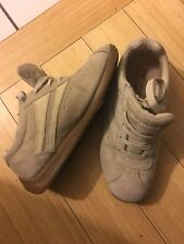 sketcher suede shoes