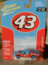 2017 Johnny Lightning *RICHARD PETTY #43 STP* 1972 Plymouth Road Runner *NIP*