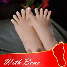 Un Silicone gauche ou droite réaliste pieds avec OS Female Legs affichage modèle