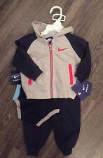 Nike NWT $65 Boys 3 Piece Set Size 3/6 Months