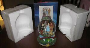 Wizard of Oz Snow Globe Music Box DOROTHY TINMAN SCARECROW LION Over The Rainbow