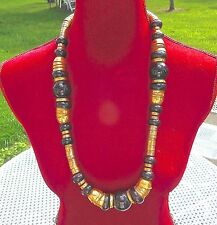 ,and métal gold plated , vintage very beautiful Necklaces, art deco, bakelite