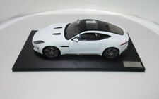 Original Jaguar Modellauto F Type R Coupe Polaris White 1:18 50JDDC997WTW