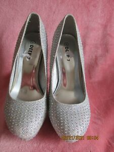 women  deep 7 designer heeled slip on heeled shoes with crystals silver size 6