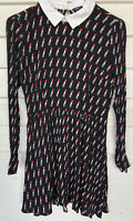 R16 forever 21 dress small Lipstick Print Black Red Long Sleeve Above Knee