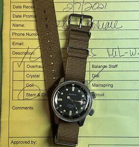 Vintage Benrus Ultra Deep 40mm Steel Automatic Dive Watch circa 1968 Vietnam Era