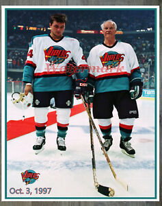 IHL 1997 Detroit Vipers Gordie Howe Color 8 X 10 Photo Picture