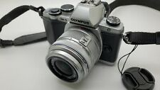 Olympus OM-D E-M10 Mirrorless Digital Camera with 14-42mm  Lens (Silver)