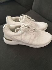 Michael Kors Trainers Size 6 M / 36 M White With Gold Detail Stunning