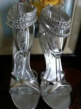 """Wild Rose Silver 4"""" Spiked Heels Ankle 3 Rows Of Rhinestones Zipper Backs Size 7"""