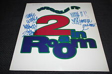 """2 in a room RAPPER SIGNED AUTOGRAPH on """"wiggle it"""" Vinyl Record LP InPerson RARE"""