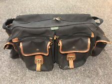 Billingham 550 Camera Bag Black camera bag from the 1990's