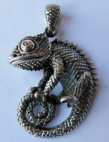 Sterling  Silver  (925)  Gecko  Lizard  Pendant   (9.2 Grams)  !!         New !!