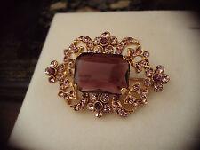 Vintage Cristal Púrpura Amatista corte Esmeralda Y Oro Broche