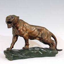 Thomas François Cartier ◊ Lionne aux écoutes, bronze signé