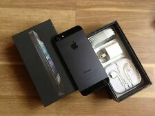 Apple iPhone 5 - 16GB - Black (Unlocked) Smartphone